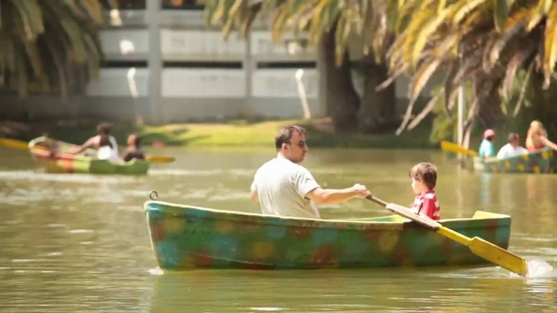Take the rowing boat at Campo Grande